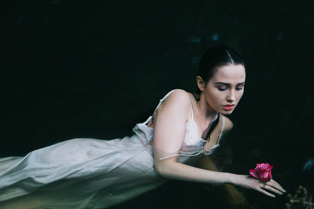 Wild Rose Editorial for Lucy's Magazine